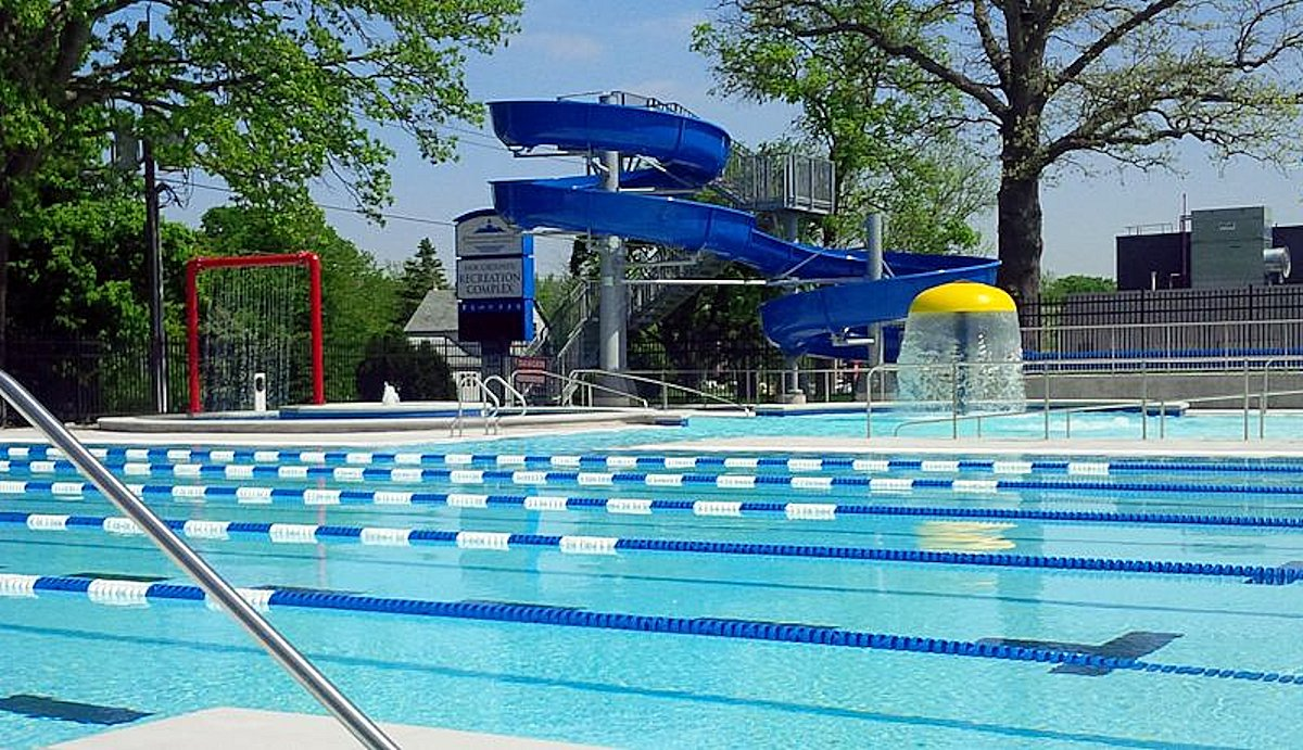 Strathroy Aquatic Center (Strathroy, ON)